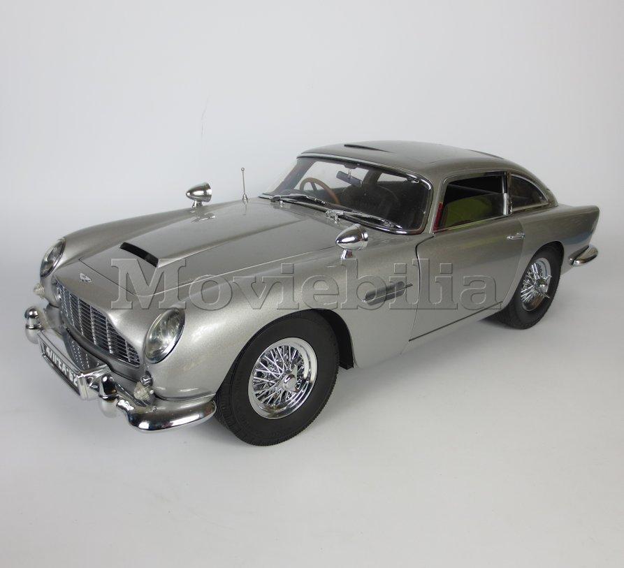 Car Seat Protector >> JAMES BOND 007 'Build Your Own' Eaglemoss 1:8 scale Aston Martin DB5 | Moviebilia